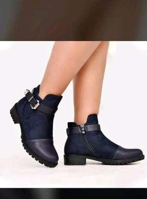 Highcut boots image 1