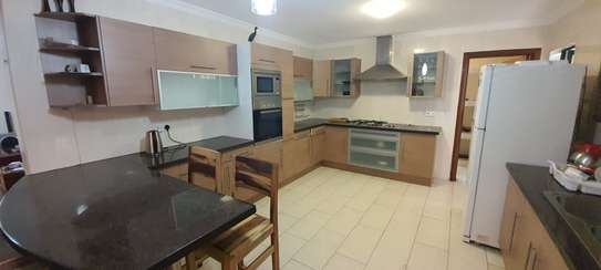 Furnished 3 bedroom apartment for rent in Kileleshwa image 2