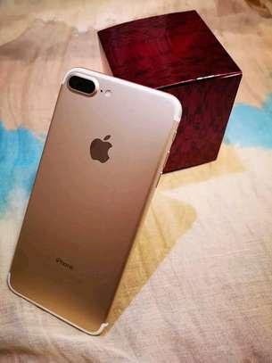 Apple Iphone 7 Plus The 256 Gigabytes Gold Colour image 1