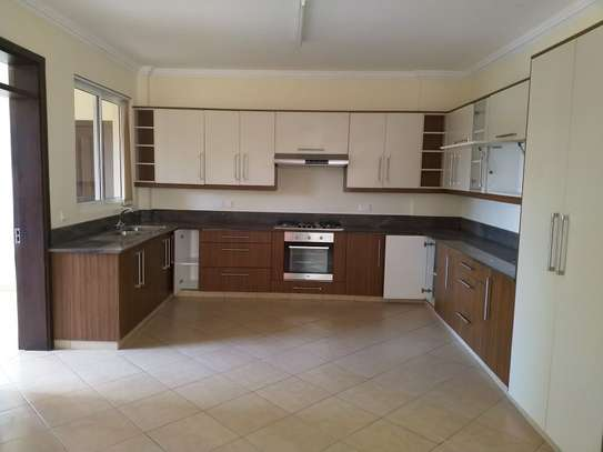 3 bedroom apartment for rent in Kyuna image 6