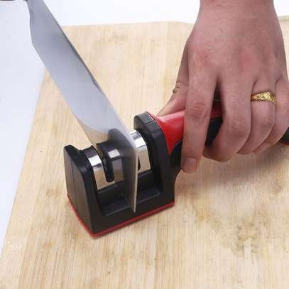 Portable Manual Knife Sharpener image 2