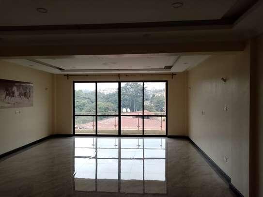2 bedroom apartment for rent in Kileleshwa image 7