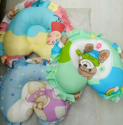 Shaped baby pillows 0.4 image 1