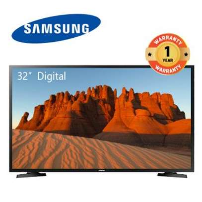 32 Samsung Smart Digital 32N5300AK image 1