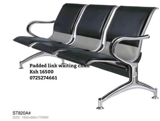 Padded black waiting link chairs image 1