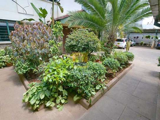 1 bedroom house for rent in Kilimani image 4
