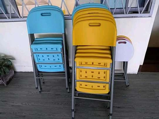 foldable chairs very strong and comfortable image 2