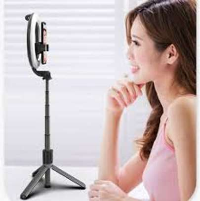 L07 Bluetooth selfie stick ring light tripod stand 3 in 1 Rechargeable image 1