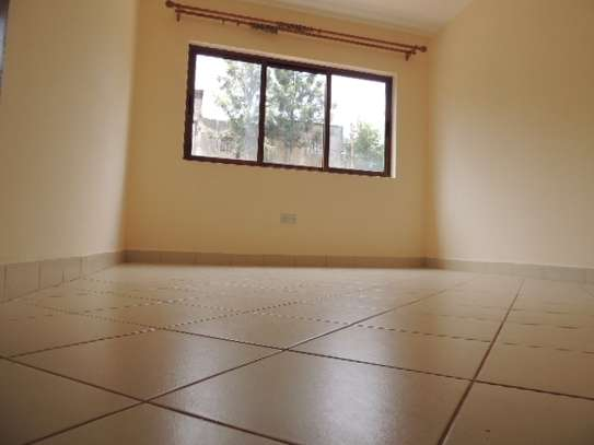 2 bedroom apartment for rent in Ruaka image 9