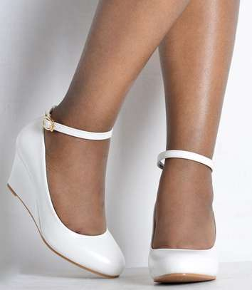 Brand new Wedge shoes image 7