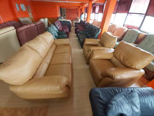 Leather Sofas (5 Seater)