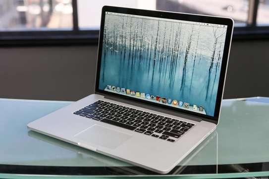 2016 MacBook Pro Core i5 image 1