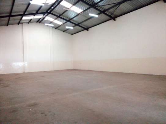 5000 ft² commercial property for rent in Industrial Area image 3