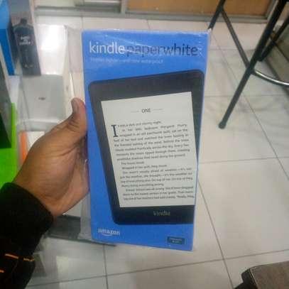 Amazon Kindle paper white 32gb image 1