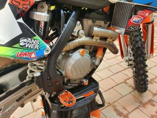 KTM 350 SXF 2017 (11 hours on clock) dirt motorbike image 2