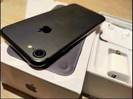 Apple Iphone 7 . Black 256 Gigabytes