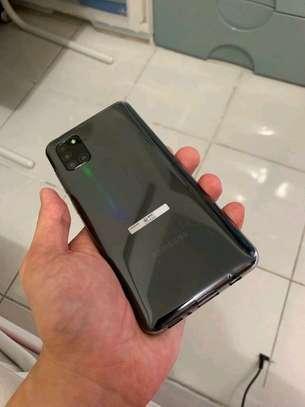 Samsung Galaxy A31 128 Gigabytes & Galaxy Buds image 1