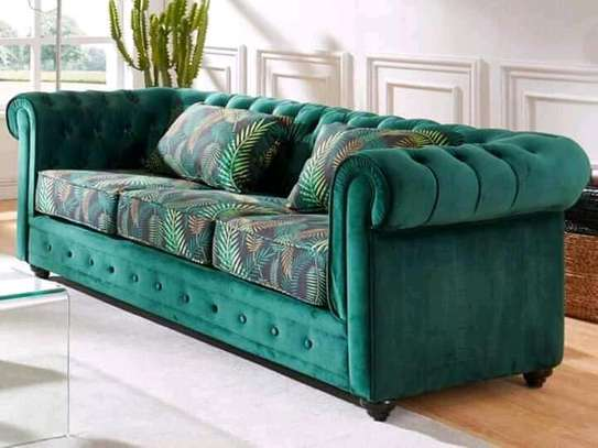 7 seaters  Chesterfield sofa