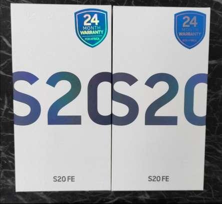 Samsung Galaxy S20 FE - 6.5'' - 128GB+6GB RAM - 4500 MAh - Dual SIM -Deals Poa image 1