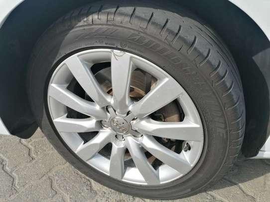 Audi A4 image 13
