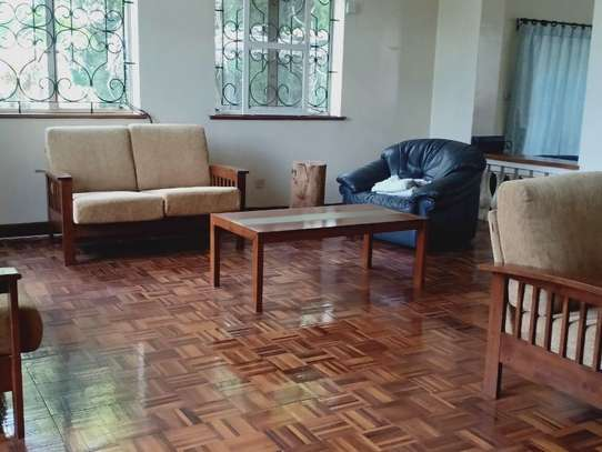 5 bedroom house for rent in Loresho image 4