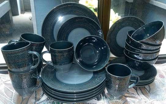 24 pieces ceramic Dinner set. image 1