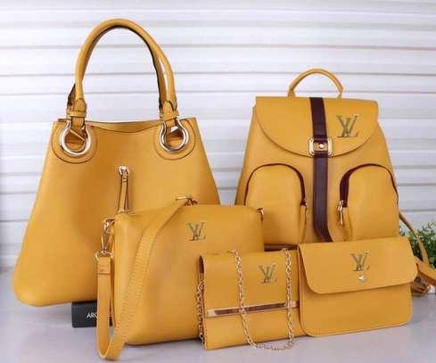 LV 5 in 1 handbag image 5