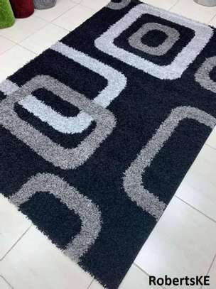 black and white turkish carpet 5by8 image 1