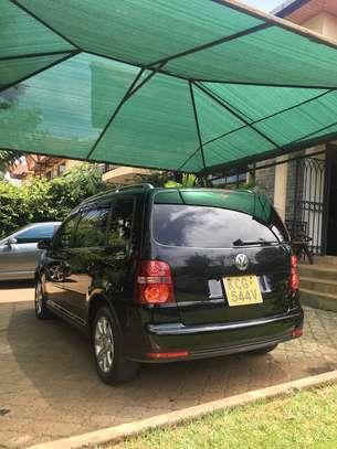VW Golf Touran image 2