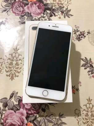 An Apple Iphone 7 Plus [ 256 Gigabytes Gold ] image 2