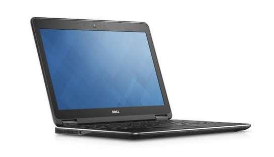 Dell Latitude E7240 Core i5 4GB Ram 128ssd 2.5GHz image 1