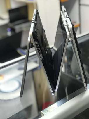 HP EliteBook 810 G3 Laptop image 3