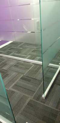 Large Modern Wall to wall carpets image 4