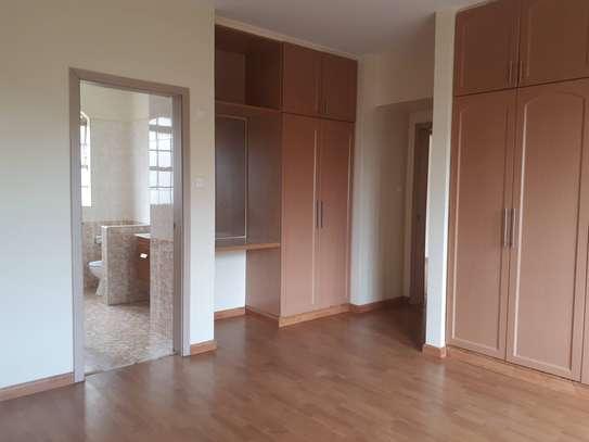 3 bedroom apartment + DSQ for rent in Kileleshwa image 12