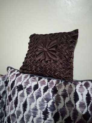 Patterned throw pillows image 10