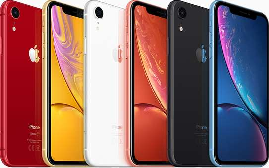 Apple iPhone XR 64GB image 6