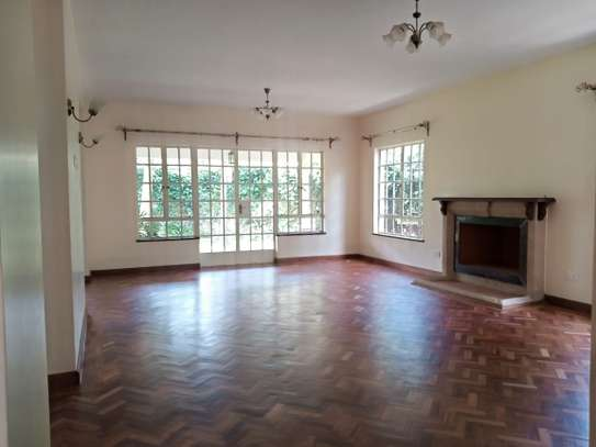 5 bedroom house for rent in Lavington image 4