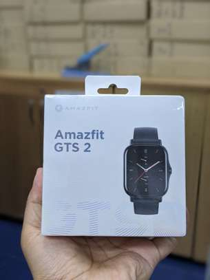 """Amazfit GTS 2 Smartwatch with 1.65"""" AMOLED Display, Built-In GPS, 3GB Music Storage, 7-Day Battery Life, Bluetooth Phone Calls, 90 Sports Modes, Health Tracking, Water Resistant, image 3"""
