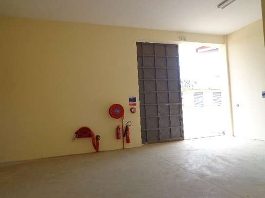 8200 ft² warehouse for rent in Juja image 14