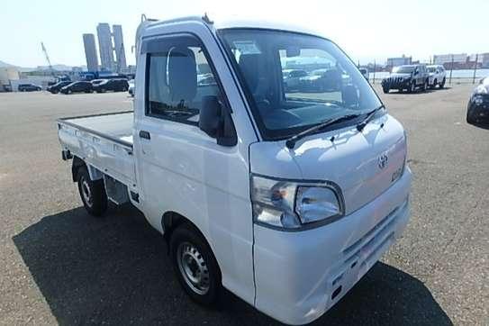 Toyota Pixis image 7