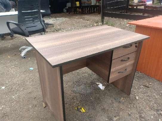 Quality office desks image 1