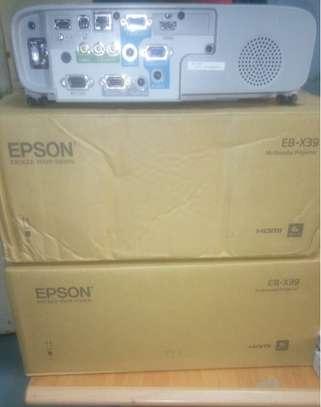 Epson Projector EB X39-3500lumens image 2