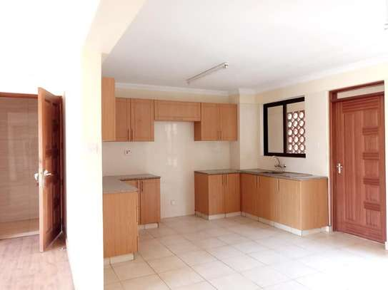 Riara Road - Flat & Apartment image 5