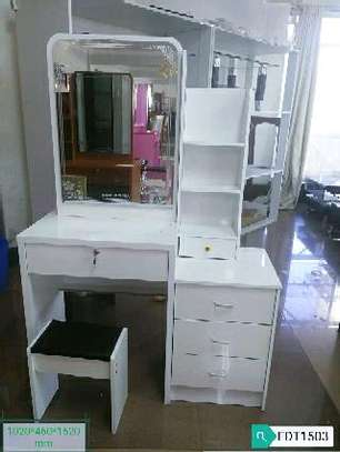 White dressing table available image 1