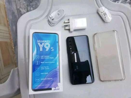mobile phone Huawei y9s image 1