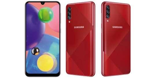 Samsung Galaxy A70s image 1