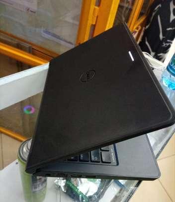 New Laptop Dell Latitude 3180 4GB Intel SSHD (Hybrid) 320GB image 3