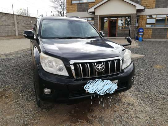 Land Cruiser Prado image 4