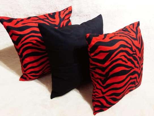 throw pillows image 5