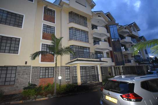 4 bedroom apartment for rent in Kilimani image 8